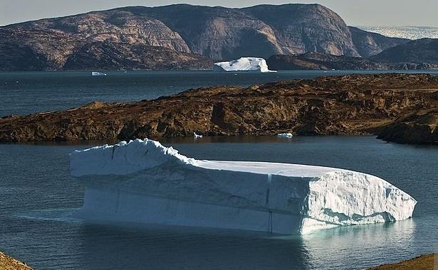 Deşert polar în Arctica.