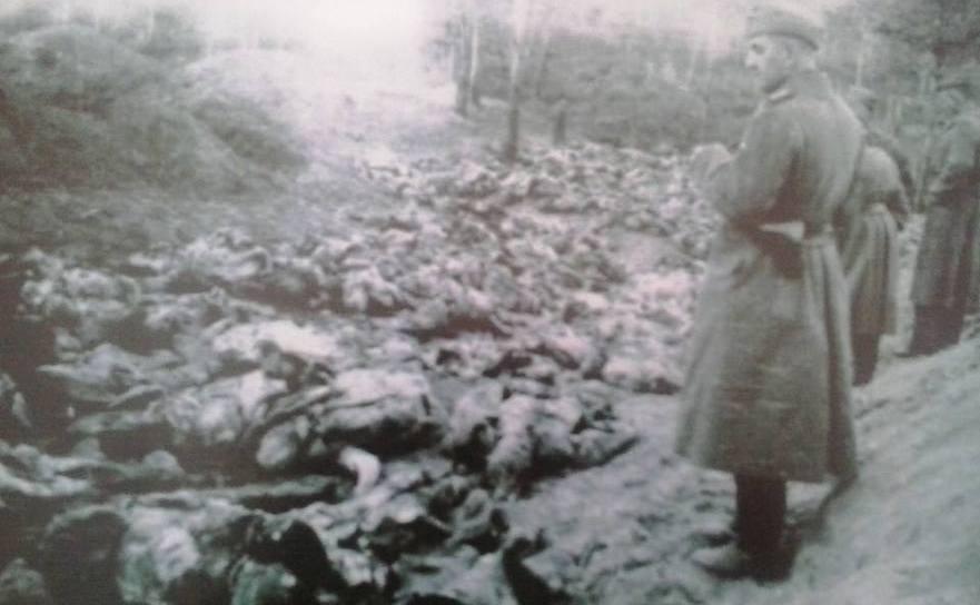 Masacrul de la Fântâna Albă, când sovieticii au mitraliat 3000 de români care voiau să treacă graniţa din Basarabia în România.