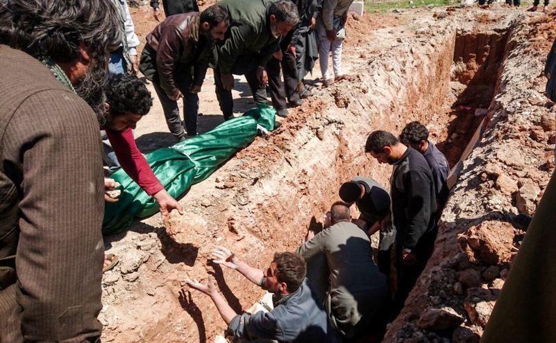 5 sirieni au atacat in plina strada o familie de romani