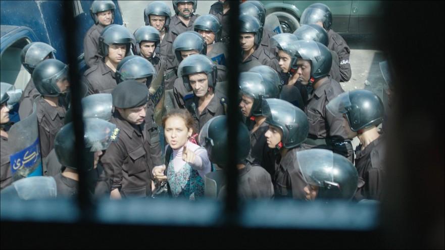 """Scenă din filmul """"Ciocnirea"""" în regia lui Mohamed Diab"""