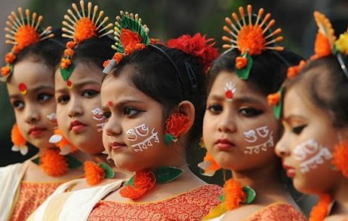 Dansatori Bharatanatyam