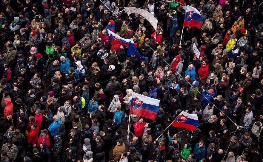 Protest anticorupţie în Bratislava, Slovacia, 18 aprilie 2017.