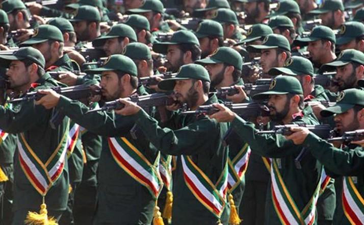 Membri ai Gărzilor Revoluţionare Islamice ale Iranului.