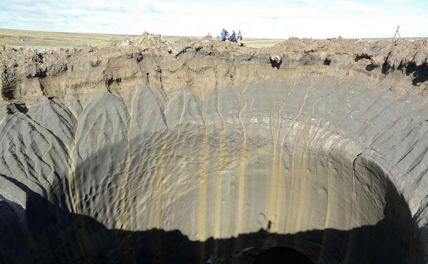 Mai multe cratere gigantice au fost descoperite recent în regiunile îndepărtate ale Rusiei.