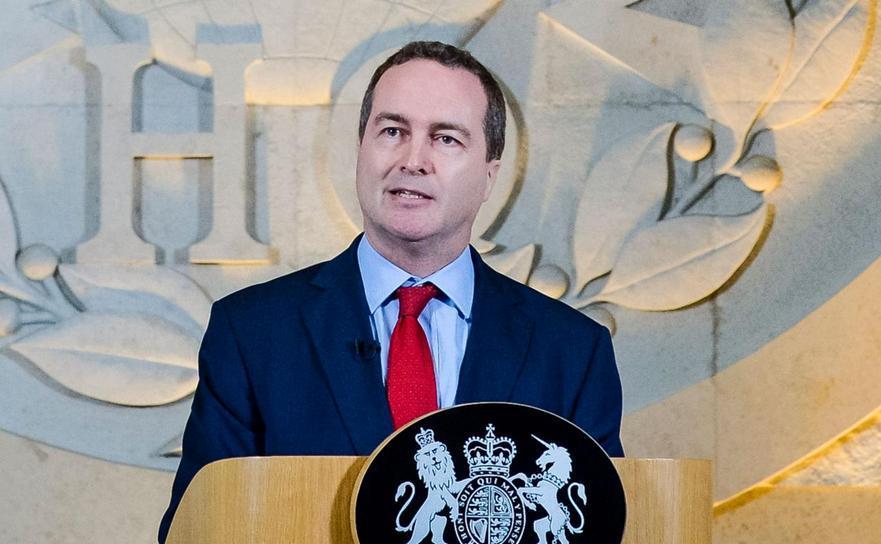 Robert Hanningan, fostul şef al serviciului britanic de spionaj GCHQ.