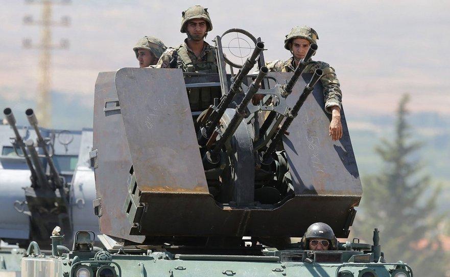Soldaţi libanezi