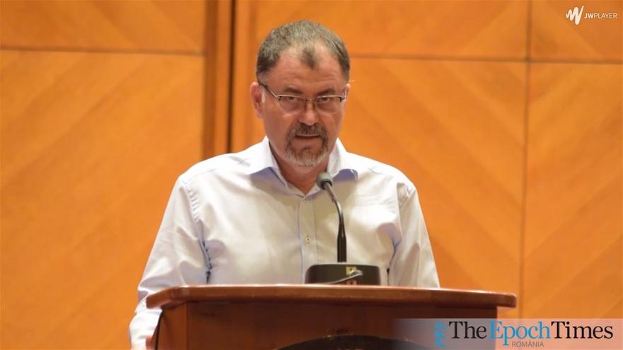 Anatol Şalaru în Parlamentul României, la evenimentul de constituire a Alianţei pentru Centenar