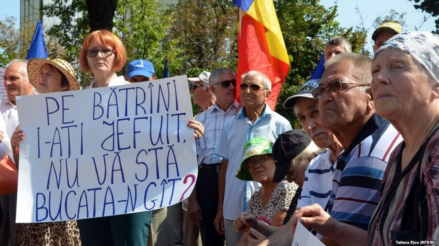 Protestul pensionarilor de Ziua Independenţei R. Moldova