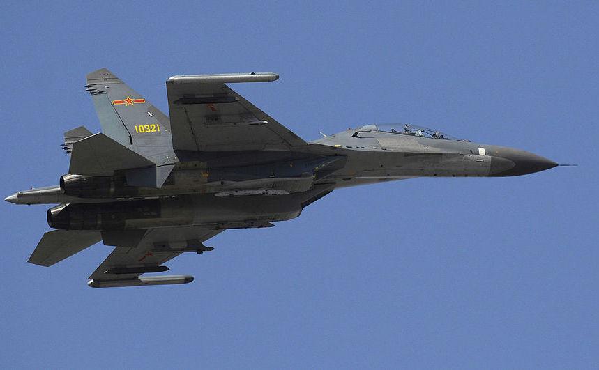 Avion de luptă chinez Shenyang J-11.