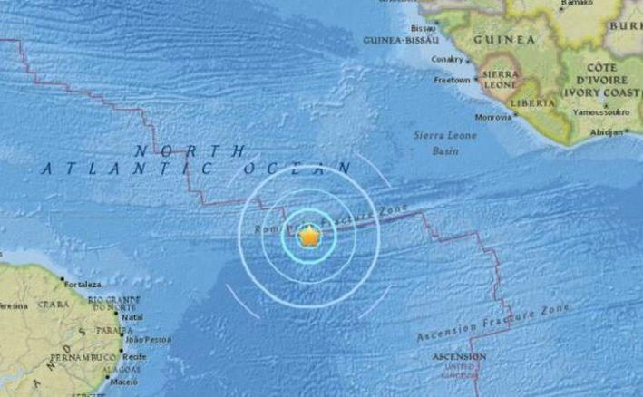 Un cutremur de magnitudine 6,7 a lovit de-a lungul Dorsalei Atlantice, 30 noiembrie 2017.