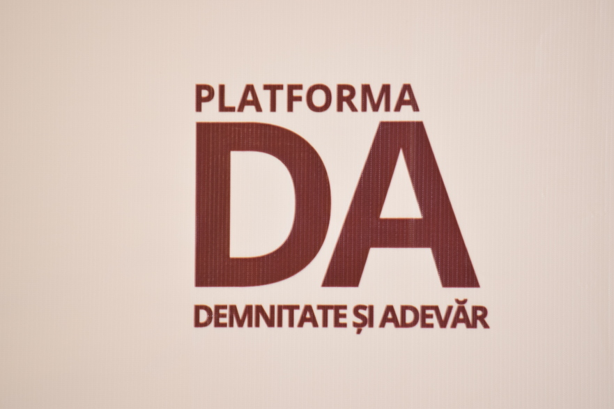 Sigla Partidului Platforma Demnitate şi Adevăr