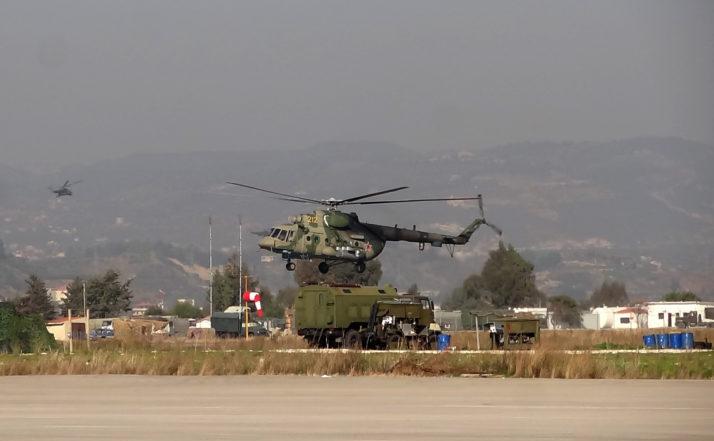Elicopter rusesc la o bază militară din Siria.