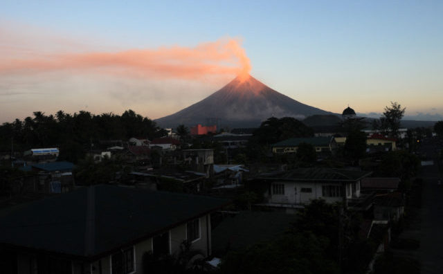 Vulcanul Mayon din Filipine