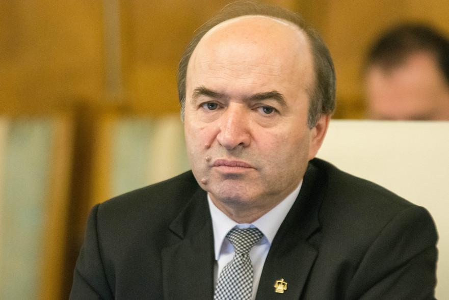 Tudorel Toader(Ministrul Justitiei),