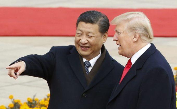 Preşedintele chinez Xi Jinping şi preşedintele american Donald Trump la o ceremonie de pe 9 noiembrie 2017 din Beijing, China