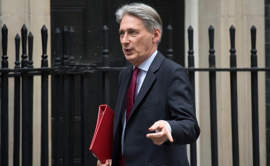 Ministrul britanic de finanţe Philip Hammond
