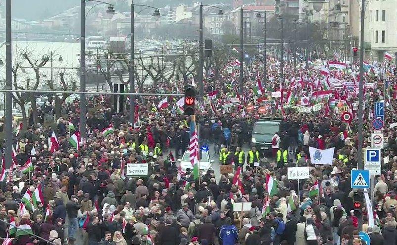Proteste la Budapesta de ziua naţională