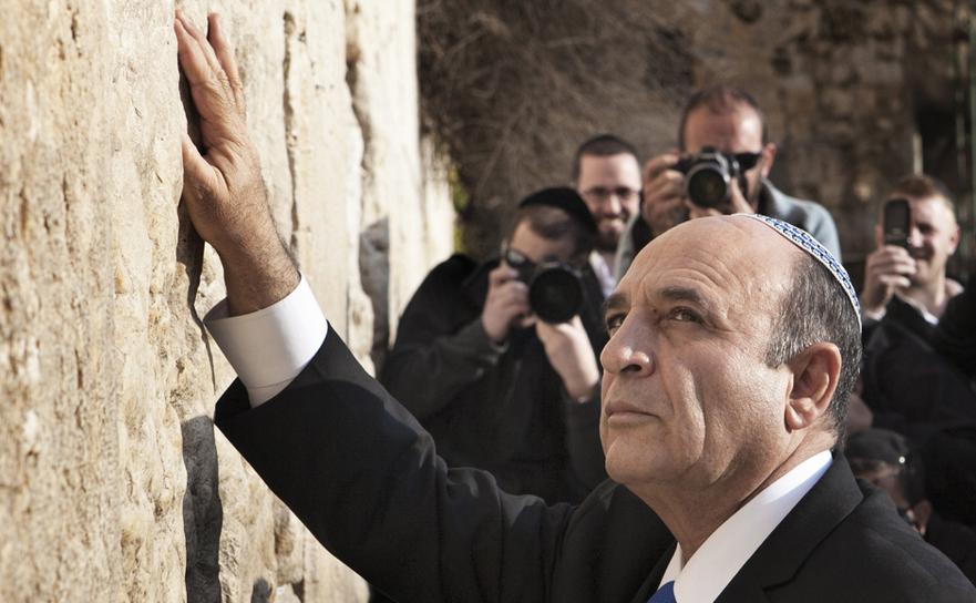 Shaul Mofaz, fost ministru israelian al apărării.
