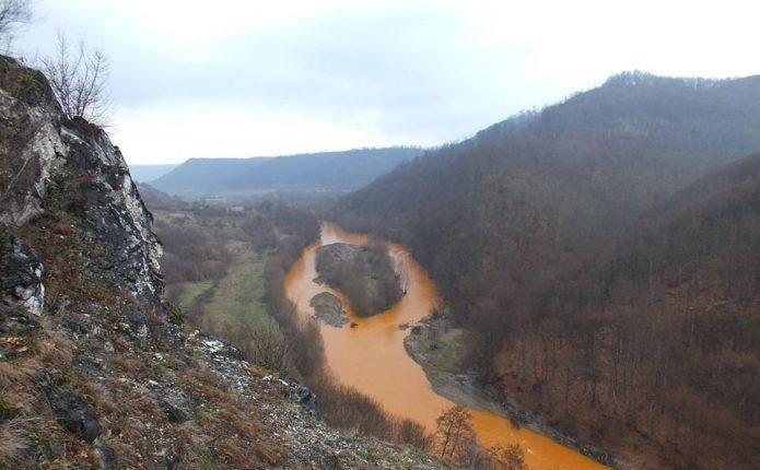 Dezastru ecologic în Rezervaţia Naturală Cheile Lăpuşului