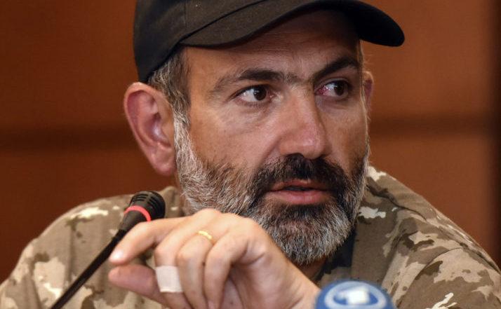 Liderul opoziţiei armene Nikol Pashinian