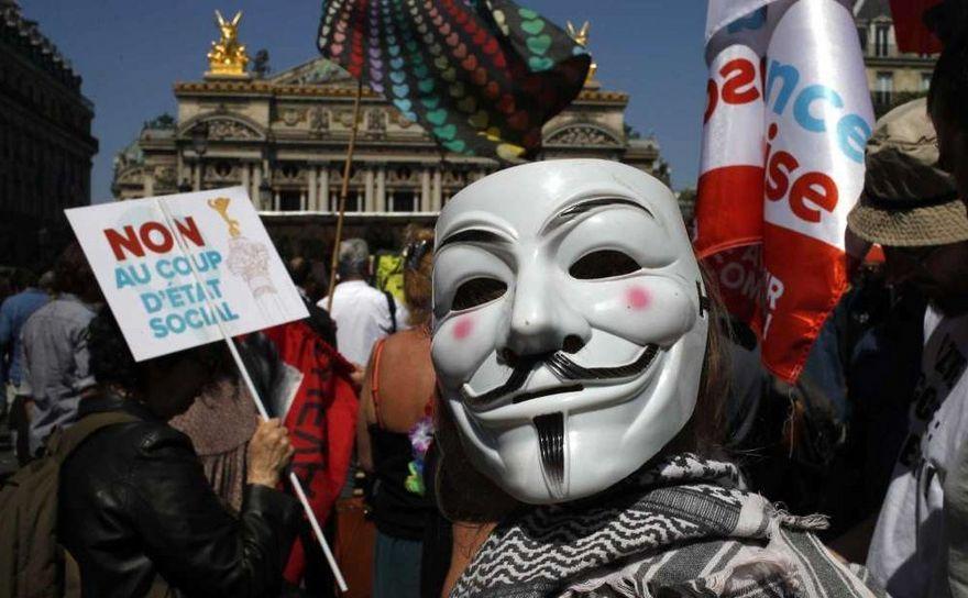Protest împotriva lui Emmanuel Macron în capitala franceză Paris, 5 mai 2018.