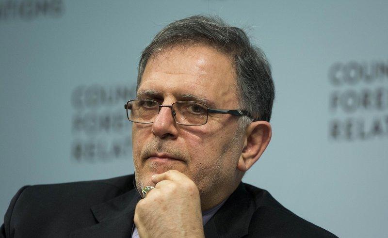 Guvernatorul Băncii Centrale a Iranului, Valiollah Seif