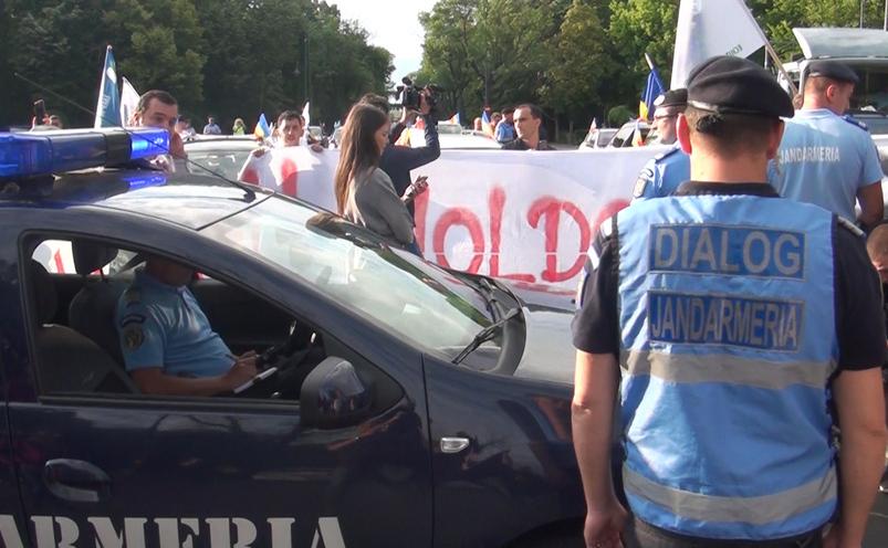 Protest pentru autostrăzi în Moldova