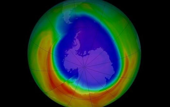 Gaura din stratul de ozon al Pământului