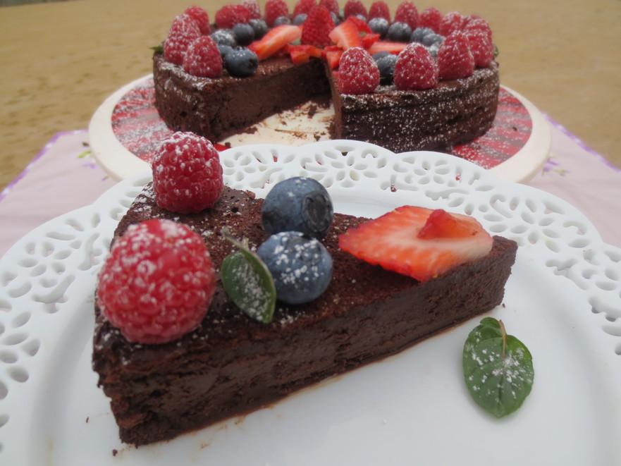 Tort cu mousse de ciocolată