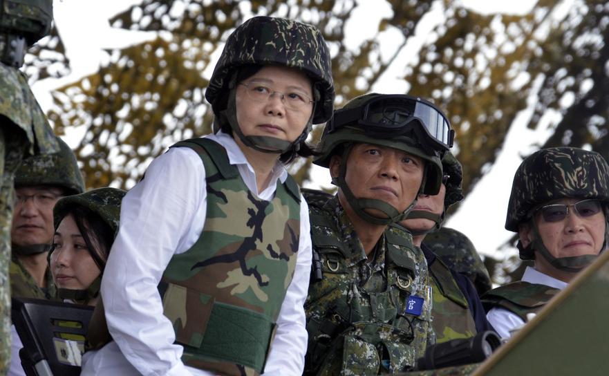 Preşedintele taiwanez, Tsai Ing-Wen, la un exerciţiu de apărare civilă