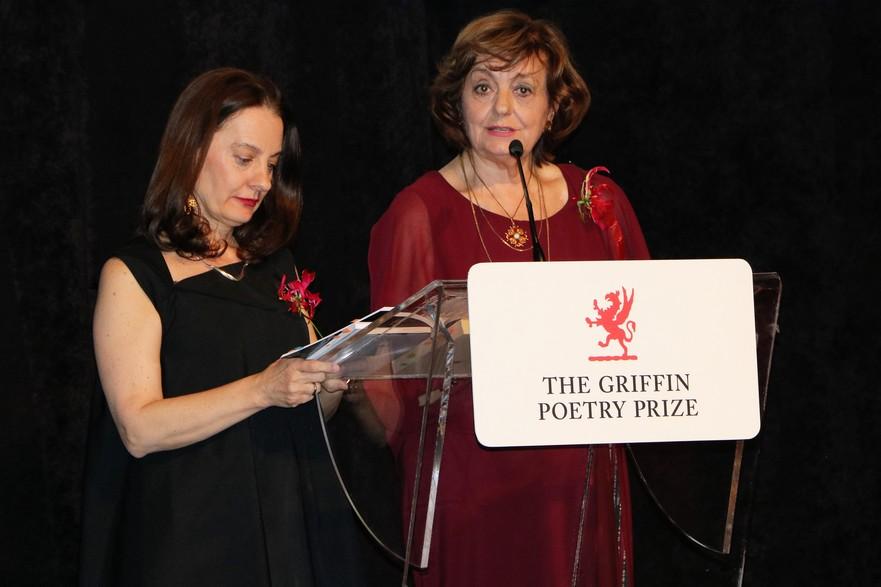 Traducatoarea Viorica Patea si poeta Ana Blandiana - recital de poezie cu ocazia primirii premiului Griffin Trust pentru întreaga carieră 2018 în Toronto