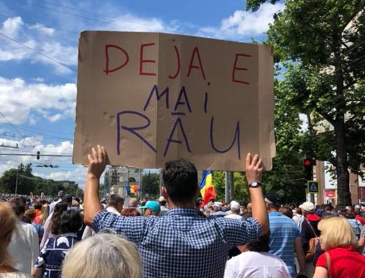 """Protest la Chişinău, """"Validaţi Mandatul"""""""