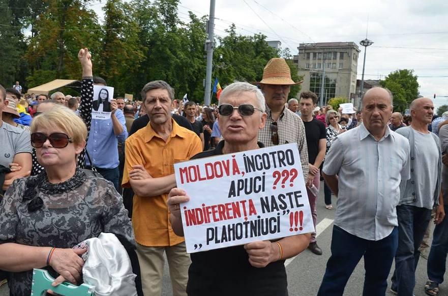 Protest la Chişinău împotriva guvernanţilor