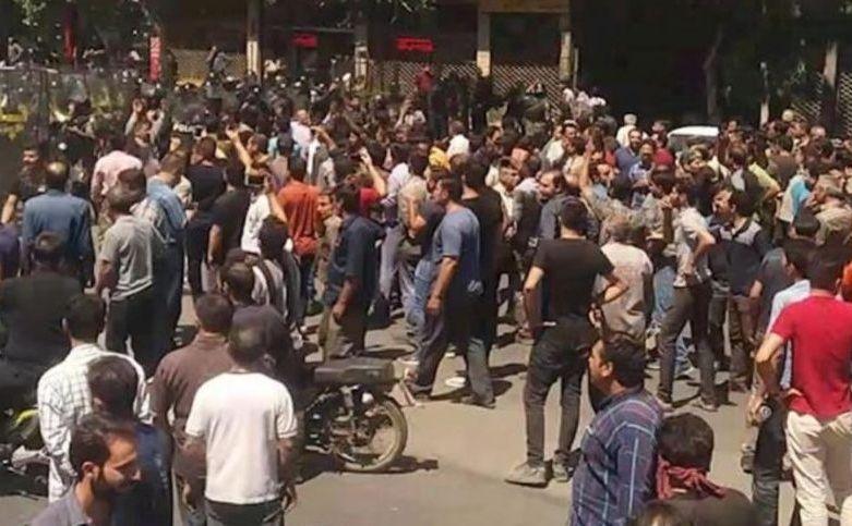 Proteste anti-guvern în oraşul iranian Isfahan, 1 august 2018.