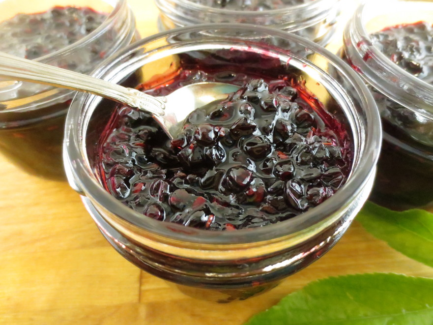 Dulceaţă din fructe de soc