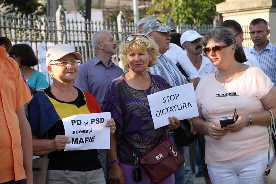 Chişinău, flash mob în susţinerea portestatarilor români