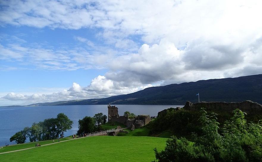 Lacul Loch Ness