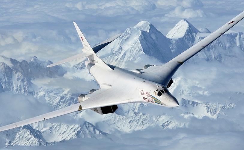 Bombardierul rusesc Tu-160