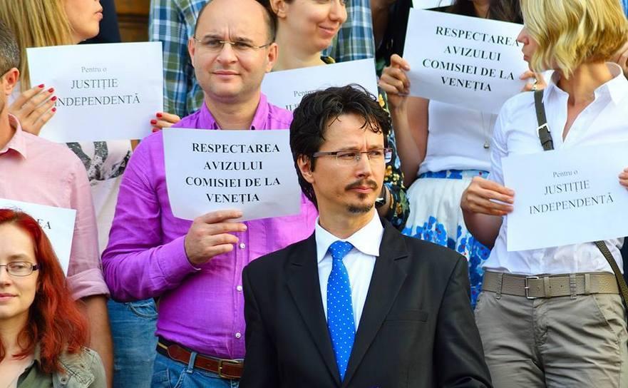 Judecătorul Cristi Danileţ la protestul magistraţilor