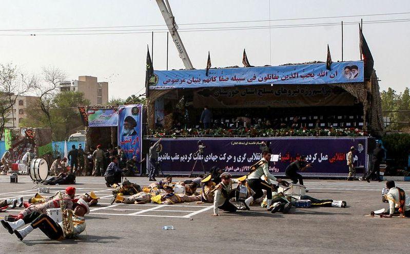 Scena unui atac armat asupra unei parade militare în Ahvaz,  Iran, 22 septembrie 2018
