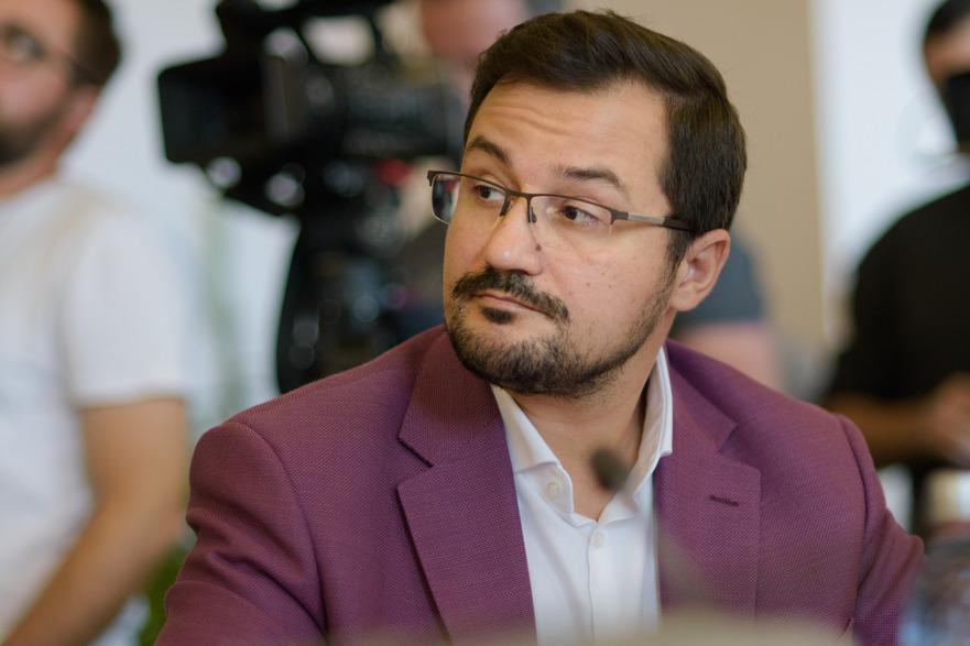 George Dircă (Senator USR) ;