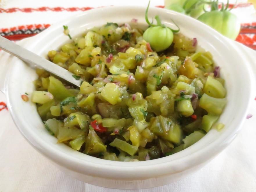 Salată rustică de gogonele