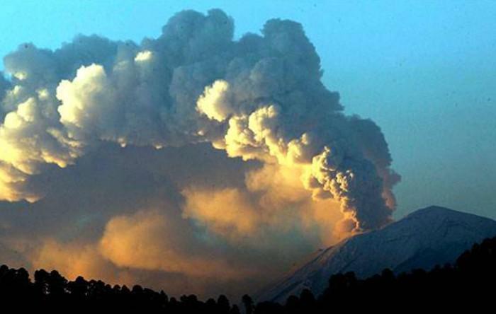 Vulcanul Popocatépetl, Mexic