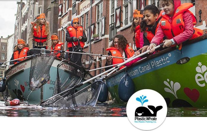 Pescuit de plastic în Amsterdam