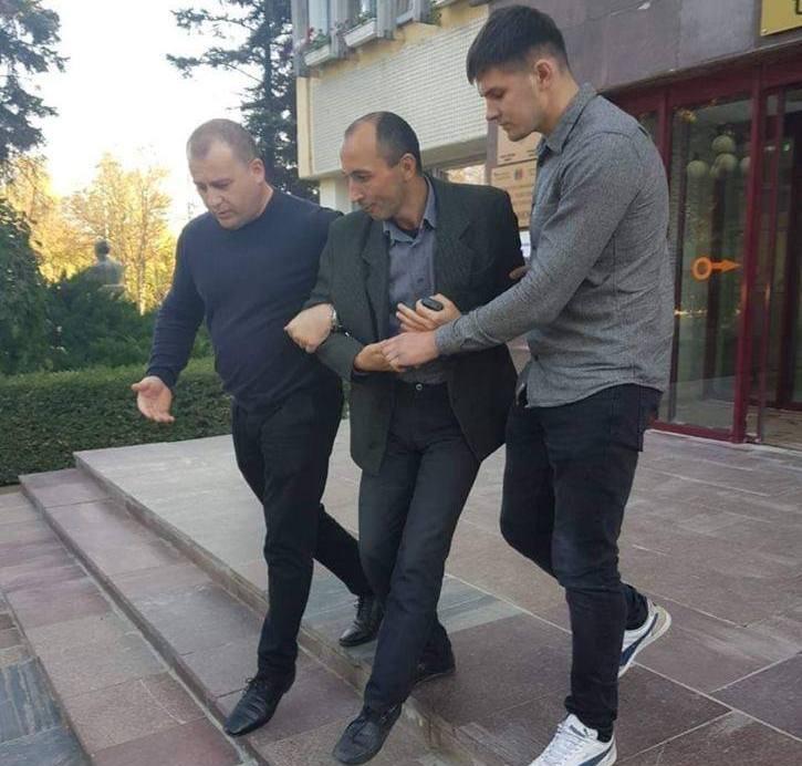 Gheorghe Petic reţinut de poliţiştii de la Ungheni, 12.10.2018