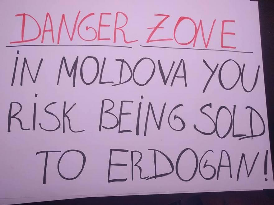 Protest in faţa ambasadei Turciei, organizat de Miscarea de Rezistenţă ACUM
