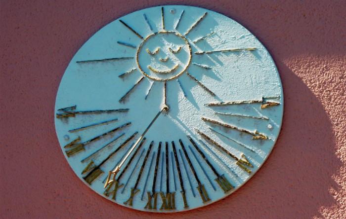 Ora solară