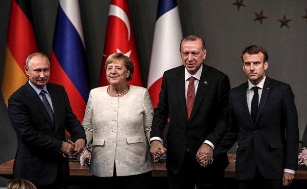 Fotografie de grup de la întâlnirea de la Istambul