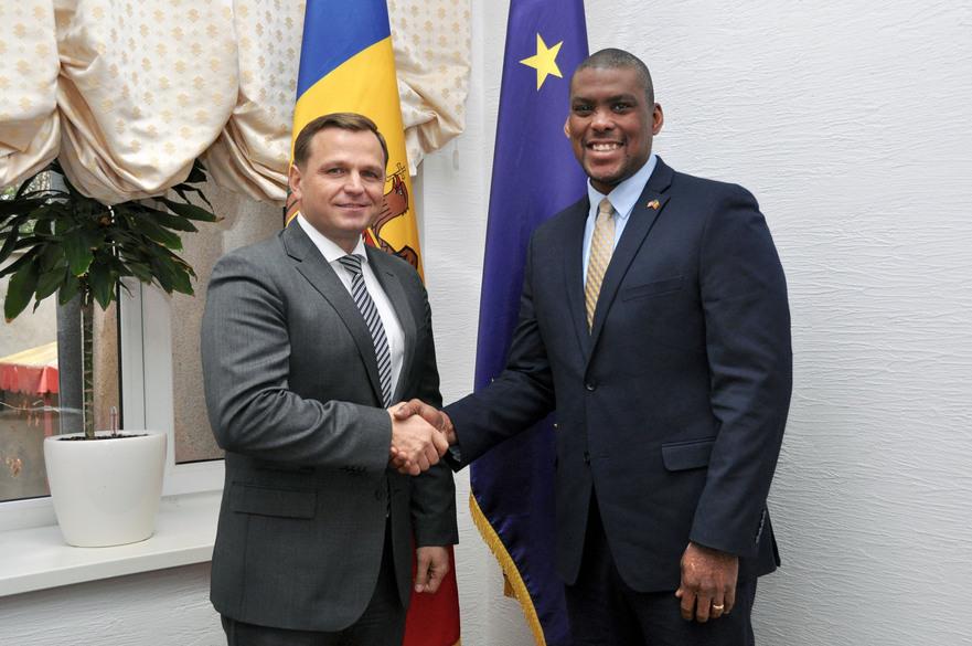 Andrei Năstase, liderul PPDA şi Dereck J. Hogan, ambasadorul SUA în R. Moldova