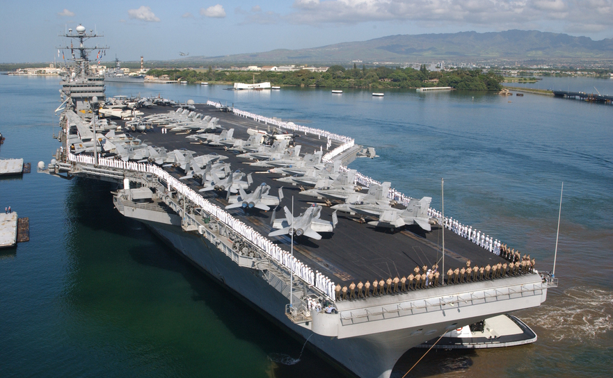 Portavionul american USS John C. Stennis